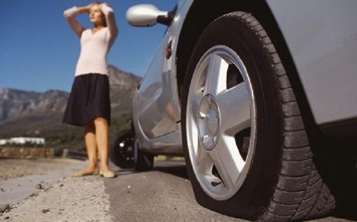Giải mã giấc mơ: Mơ thấy thủng lốp xe máy có điềm gì?